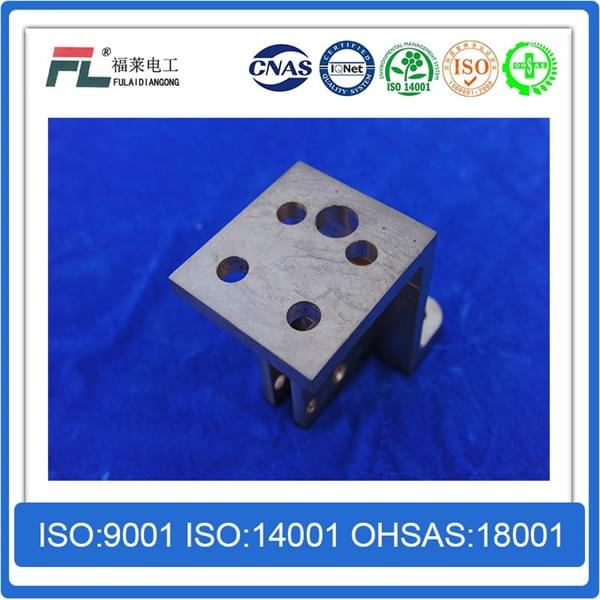 Conductive clamp for copper tungsten alloy material